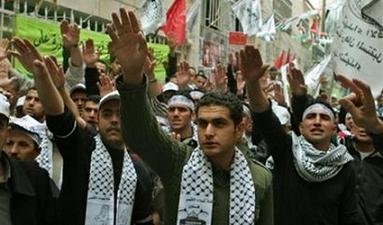 Le Hamas en représentation nazie