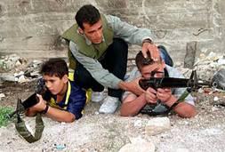 Des centres d'embrigadement militaires existent dans toute la Bande de Gaza, et cela bien avant la prise du pouvoir du Hamas. L'Autorité Palestinienne doit se différencier pour privilégier le bonheur du Peuple Palestinien plutôt que l'idéologisation des jeunes esprits.